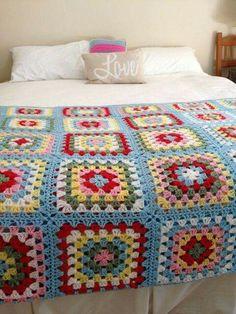 Transcendent Crochet a Solid Granny Square Ideas. Inconceivable Crochet a Solid Granny Square Ideas. Granny Square Crochet Pattern, Crochet Squares, Crochet Granny, Crochet Blanket Patterns, Crochet Afghans, Crochet Blankets, Crochet Quilt, Crochet Blocks, Crochet Bedspread