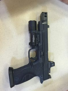 Loading that magazine is a pain! Excellent loader available for your handgun Get your Magazine speedloader today! http://www.amazon.com/shops/raeind Jay Rock, Powerful Art, Handgun, Firearms, Smith Wesson, Waffen, Tactical Knives, You Magazine, Messer
