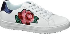 Women's Graceland Sneaker white Category: Women ShoesSneaker The white sneaker … - Women Dresses for Every Age! Pony Sneakers, Chunky Sneakers, Graceland, Skechers Sneakers, Adidas Sneakers, Winter Dress Outfits, Rose Embroidery, Glitz And Glam, Mode Online