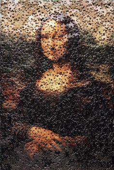 Mona Lisa, after Leonardo da Vinci (Gordian Puzzles) [Vik Muniz] (Gioconda / Mona Lisa) What Is Contemporary Art, La Madone, Mona Lisa Parody, Mona Lisa Smile, Graffiti Artwork, Famous Artwork, Creative Artwork, Italian Artist, Art Plastique