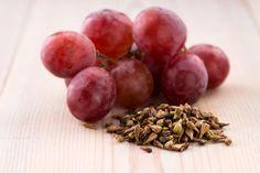 ***Propiedades de las Semillas de Uva*** ¡No tires las pepitas cuando comas uvas!. Están cargadas de propiedades y beneficios. Conócelas en esta nota.....SIGUE LEYENDO EN....... http://comohacerpara.com/propiedades-de-las-semillas-de-uva_10954a.html