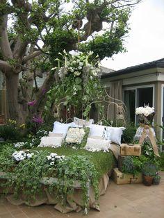 home  garden tour~Vignettes Antiques