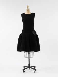 Cocktail Dress, Cristobal Balenciaga (Spanish, 1895–1972) for the House of Balenciaga (French, founded 1937): 1955-1965, French, wool.
