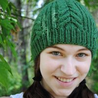 Free Knitting Pattern - Hats: Classically Cabled Beanie
