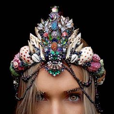 Dazzling Crowns Adorned with Seashells Transform Women Into Modern-Day Mermaids - My Modern Met
