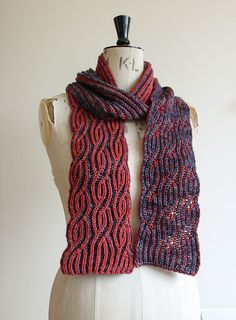 Free knitting pattern Brioche Twister pattern by Renée Callahan