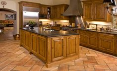 French Country - traditional - kitchen - chicago - Kitchen Classics - Charles Heller