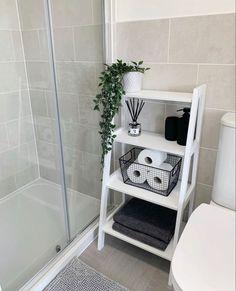 Home Decor Bedroom, Home Living Room, Diy Home Decor, Room Decor, Bathroom Inspiration, Home Decor Inspiration, Decor Ideas, First Apartment Decorating, Bathroom Interior Design