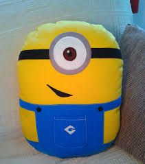Imagen relacionada Funny Pillows, Cute Pillows, Kids Pillows, Animal Pillows, Throw Pillows, Pink Minion, Cute Minions, Minion Pillow, Baby Sewing Projects