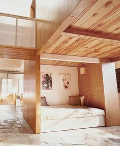 wood & daybed nook alcove
