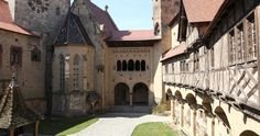 Herzlich Willkommen auf Burg Kreuzenstein!