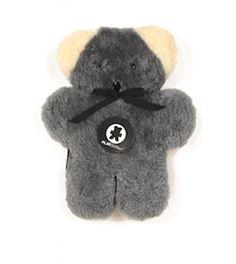 Doudou Flatout Bear 59€ http://www.babayaga-magazine.com/the-little-factory/