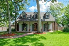 Oak Hills Place Homes for Sale East Baton Rouge Parish, Bank Owned Properties, Oak Hill, Beaches In The World, Panama City Panama, Real Estate Marketing, The Neighbourhood, Cabin, House Styles
