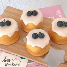 Cute Desserts, Dessert Recipes, Good Food, Yummy Food, Tasty, Food Goals, Cafe Food, Pretty Cakes, Aesthetic Food