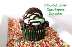 Grasshopper Cupcakes for St.Patricks Day  The Crafting Foodie