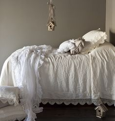 Bella Notte Linens what you are looking for as well as Bella Notte Fabrics, Bella Notte Bedding? Cottage Chic offers the largest selection in the US. Shabby Chic Bedrooms, Shabby Chic Furniture, Shabby Chic Decor, Rustic Decor, White Bed Skirt, Shabby Chic Romantique, Greige, Bed Scarf, Linen Duvet