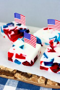 Patriotic Stained Glass Jello!!!!! So cute :)