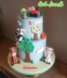 Barnyard Cake, Birthday Cake, Medium, Desserts, Instagram, Food, Farm Animals, Tailgate Desserts, Deserts