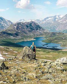"""Malin Kjølseth ☼'s Instagram profile post: """"Gleder meg til å dra til fjellet igjen ☀️🏔 #tb . . . . . #mountains #mountainlife #mountainlovers #mountainiscalling #wilderness #exploring…"""" Mountains, Nature, Travel, Profile, Naturaleza, Viajes, Destinations, Traveling, Trips"""