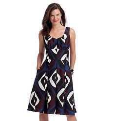V8555 Misses' Dress | Easy