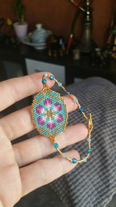 bracelet peyote fleuri