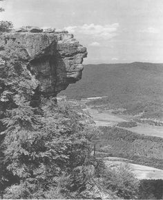 National Park Civil War Series: The Battles for Chattanooga: Sunset Rock atop Lookout Mountain: Used as an observation area prior to the Battle Of Wauhatchie