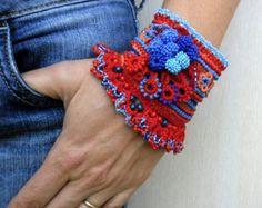 Bracciale bracciale uncinetto fatto a mano di SvetlanaCrochet
