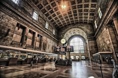 Come December, Union Station will be packed with visitors checking out downtown Toronto, visiting friends and family and starting Dec shopping! Buying And Selling Houses, Toronto Neighbourhoods, Forest Hill, Hotel Branding, Holiday Market, Downtown Toronto, Union Station, Beautiful Architecture, Next At Home