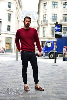 Wear a oxblood crew-neck jumper and black slim jeans for an easy to wear, everyday look. Brown leather tassel loafers will add a touch of polish to an otherwise low-key look.  Shop this look for $114:  http://lookastic.com/men/looks/burgundy-crew-neck-sweater-black-skinny-jeans-brown-leather-tassel-loafers/7626  — Burgundy Crew-neck Sweater  — Black Skinny Jeans  — Brown Leather Tassel Loafers