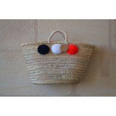 Panier à pompons bleu marine, blanc et orange fluo. À venir découvrir sur www.boutiqueboheme.fr