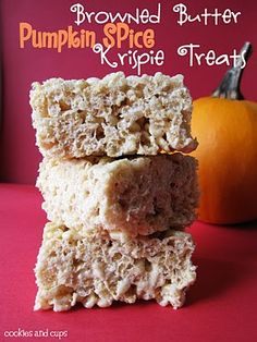 pumpkin rice krispie treats....wonder if I could use fluff instead of marshmallows for a vegetarian friendly option.