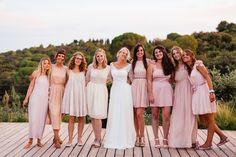boho-teepee-wedding-in-french-camargue-alice-and-tim-rosefushiaphotographie130 #rosefushiaphotographie #wedding #mariage #inspirationmariage #weddinginspiration #tipi #mariagefolk #folkwedding #mariageboheme #teepeewedding #camargue  #weddingideas #mariagecool #unbeaujour #foodtruck #weddinginspo #frenchwedding #bridesmaid #crew #bridecrew #groupphoto