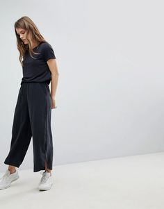 Order Weekday Soft Touch Cropped Wide Leg Pants online today at ASOS for fast delivery, multiple payment options and hassle-free returns (Ts&Cs apply). Get the latest trends with ASOS. Cropped Wide Leg Trousers, Wide Leg Jeans, Fashion Pants, Asos, Normcore, Shopping, How To Wear, Diana, Style
