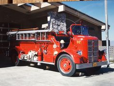 Cab Over, Rescue Vehicles, Fire Apparatus, Fire Trucks, Old Cars, Firefighter, Rigs, The Unit, Classic