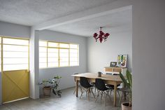 juan pablo ochoa 1970s house restoration guadalajara mexico designboom