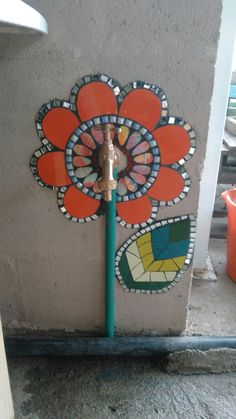 Mosaic Walkway, Mosaic Rocks, Mosaic Stepping Stones, Stone Mosaic, Mosaic Glass, Mosaic Artwork, Mirror Mosaic, Mosaic Diy, Mosaic Garden