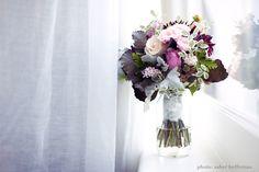 Organic flowers on Eco Brides   Photo: Sayher Heffernan