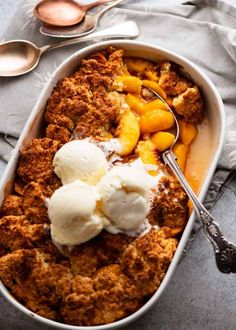 Freshly baked Peach Cobbler Delicious Desserts, Dessert Recipes, Quick Dessert, Dessert Ideas, Cobbler Topping, Peach Cobblers, Baked Peach, Peach Syrup, Recipetin Eats