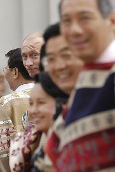 Президент РФ Владимир Путин на саммите Большой Восьмерки в Японии