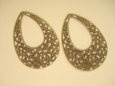 20 Bulk Antiqued Brass Large Filigree Tear Drop Pendant by yooounique on Etsy Antique Brass, Filigree, Hoop Earrings, Base, Drop, Antiques, Unique Jewelry, Pendant, Handmade Gifts