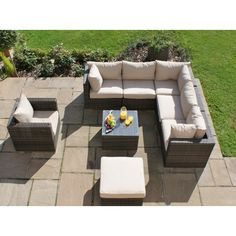 Maze Rattan London Corner Sofa Set Plus Arm Chair Extremely spacious in design the London Corner Set is ideal for small to large groups. Corner Sofa Outdoor, Corner Sofa Set, Rattan Outdoor Furniture, Furniture Legs, Outdoor Decor, Rattan Sofa, Corner Designs, Maine House, Elegant