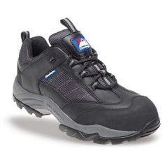 These are a great pair of Himalyan Gravity Safety Trainers in the colour black, with these you can get all of the comfort of trainers whilst still having a adequate safety features. We offer these safety trainers in sizes ranging from four and going all the way up to twelve.  Himalayan Black Gravity Safety Trainers, available in Sizes from Size 4 to 12.