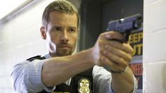 Guy Pearce at an event for The Rover Guy Pearce, Archie Panjabi, Prison Outfit, King's Speech, Hurt Locker, Movie Sites, Australian Actors, Challenge, The Time Machine