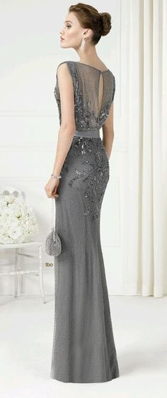 Pick the perfect bridal or guest look from our trend-setting wedding dresses and evening gowns. Mob Dresses, Fashion Dresses, Bridesmaid Dresses, Formal Dresses, Mother Of Groom Dresses, Mothers Dresses, Beautiful Gowns, Beautiful Outfits, Elegant Dresses