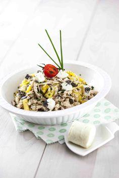 Salada de frango com arroz selvagem e ananás Saúde à Mesa nº 98 - Maio 2014 www.teleculinaria.pt