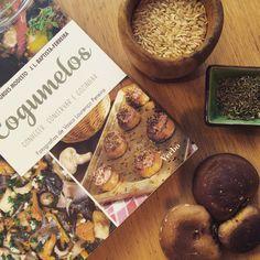 Mushroom Recipes, Logs, Stuffed Mushrooms, Vegetables, Cook, Stuff Mushrooms, Veggie Food, Vegetable Recipes, Veggies
