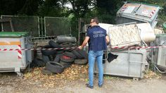 Il personale della Capitaneria di Porto di Gioia Tauro ha rinvenuto rifiuti speciali di vario genere, ammassati in luoghi non autorizzati