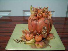 craving 6 cake to pumpkin shape, and make little pumpkin, pine cone and green squash from fondant, bought a cute toy from store to match up. 6 Cake, Cake Art, Cupcake Cakes, Cupcakes, Pumpkin Arrangements, Thanksgiving Cakes, Fall Cakes, Fall Baking, Little Pumpkin