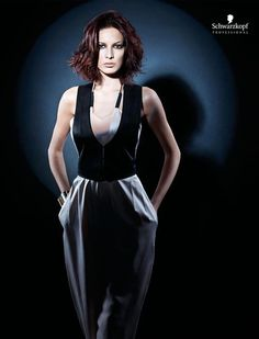 Glam Chic (Short). Essential Looks Spring-Summer 2013. Schwarzkopf Professional.-pin it by carden