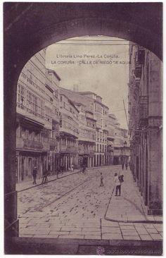 La Coruña: Calle de Riego de Agua. Librería de Lino Pérez. No circulada (Años 10)